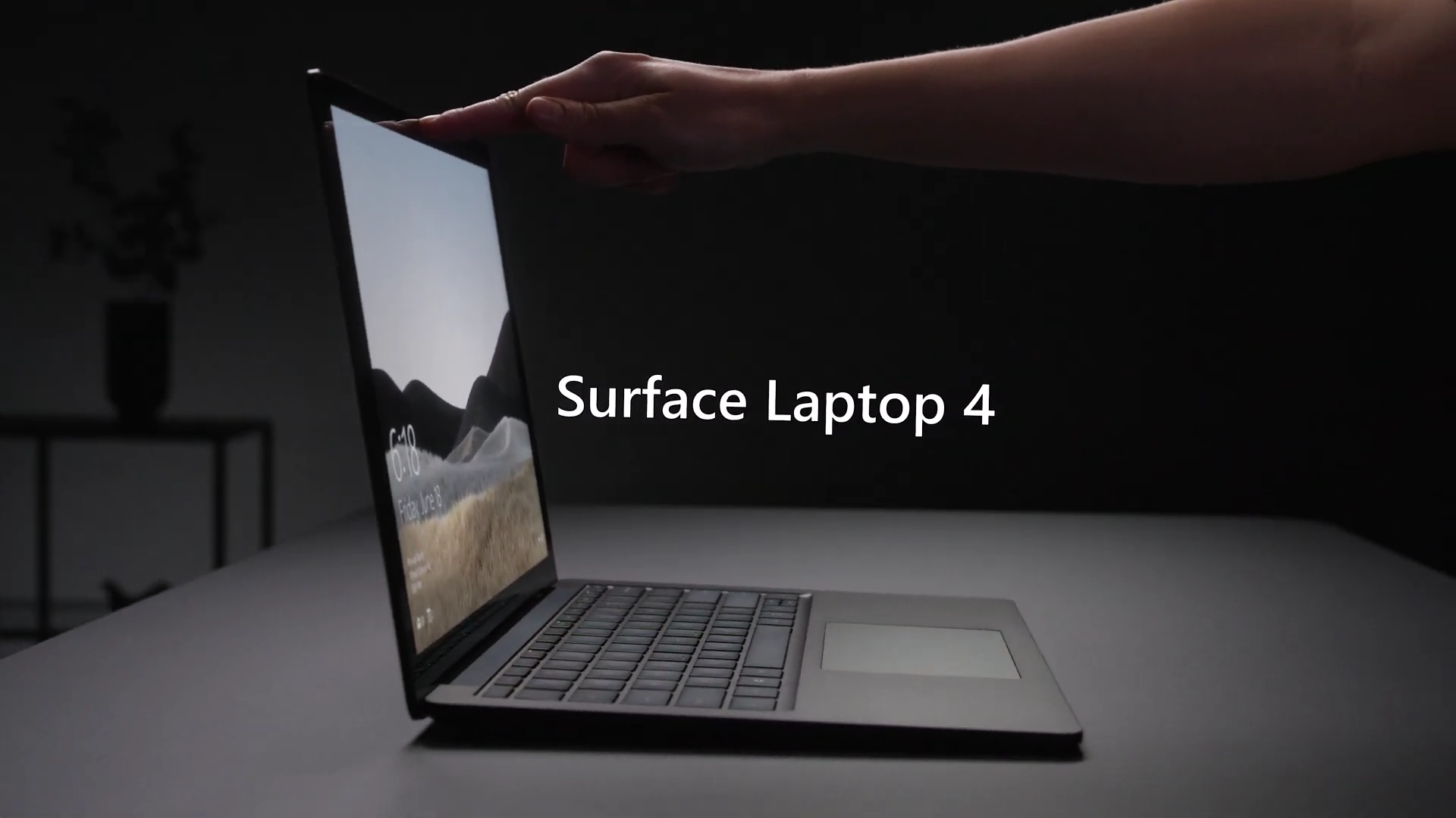 Microsoft Surface Laptop 4 简介